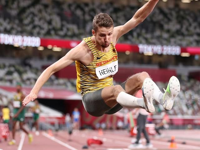 +++ Leichtathletik bei Olympia +++ - Verletzung über Nacht: Stuttgarter Weitspringer Heinlie wird Letzter im Finale