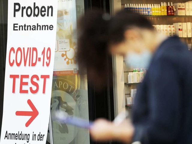 Coronapandemie in Deutschland: Erstmals seit August weniger als 500 Neuinfektionen