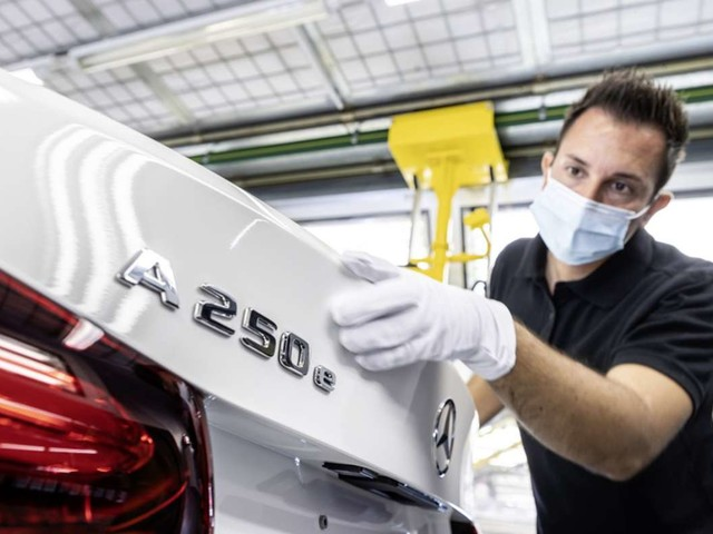Chipmangel trifft Daimler: Kurzarbeit auch bei Daimler in Rastatt