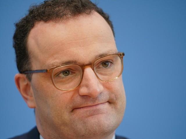 Ampel-System statt Inzidenz?: Debatte um Inzidenz als Pandemie-Richtwert: Spahn widerspricht RKI-Chef Wieler