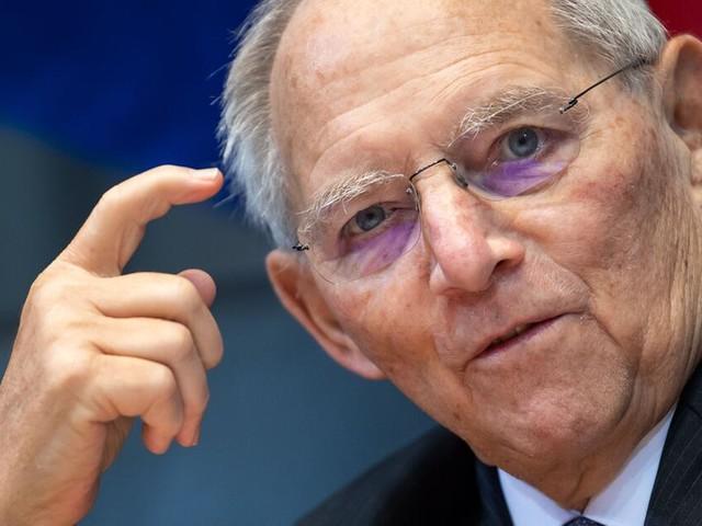 """Vorteile für Geimpfte? Schäuble rügt Länder: """"Nicht an Absprache gehalten"""""""