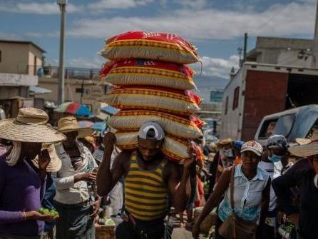 Gewalt vertreibt Tausende in Haiti