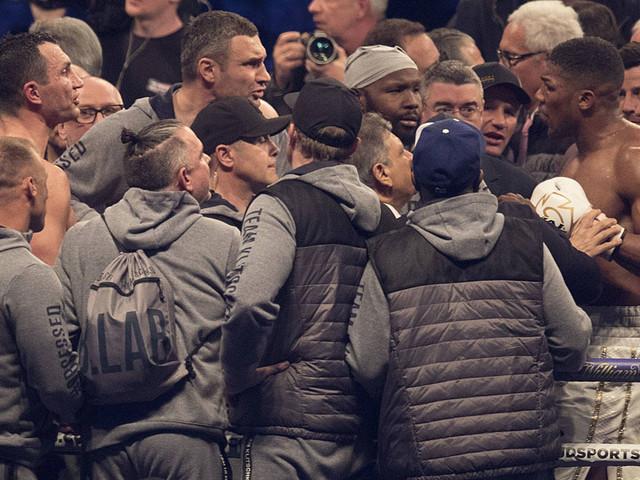 """Boxen: """"Endlich!"""" Klitschko feiert Joshua-Niederlage"""