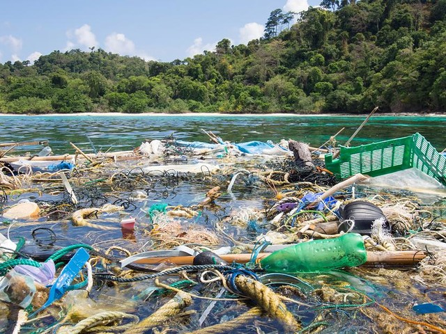 UN-Umweltkonferenz in Nairobi - Die Welt versinkt im Plastikmüll - und die USA machen alles noch schlimmer
