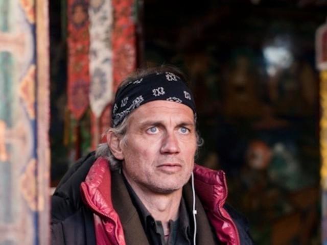 """""""Die Wiederkehr – Sem Dhul"""" - Regie-Debüt von Ralf Bauer: Tibetische Philosophie meets Surfer-Lifestyle"""