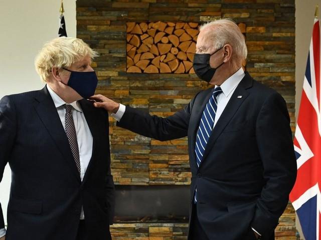 """Johnson empfängt Biden und spürt einen """"Hauch von frischer Luft"""""""