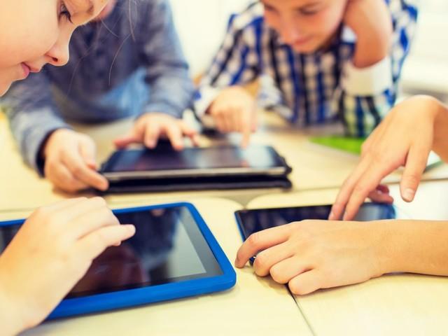 """Digitalisierung: Jede achte Schule ist """"Vorreiter"""", ein Drittel hinkt hinterher"""
