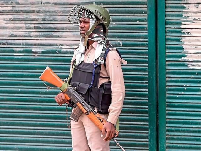 Heftige Gefechte zwischen indischen und pakistanischen Soldaten in Kaschmir