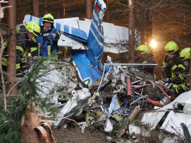 Unglück in Nordrhein-Westfalen: Leiche nach Kleinflugzeug-Absturz gefunden