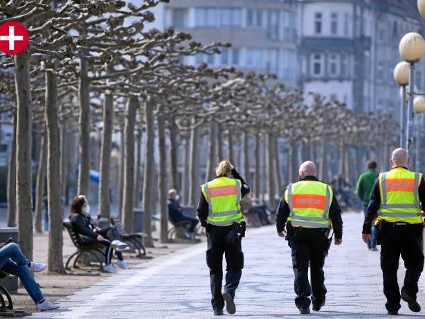 """Ordnungsdienst: Kritik an """"Ankündigungspolitik"""" von Düsseldorfs OB Keller"""