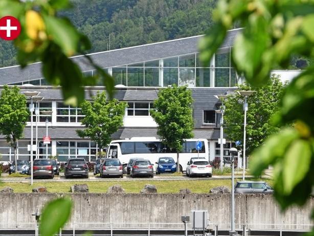 Parken: Olpe: Deckt das neue Parkhaus am Freizeitbad den Bedarf?
