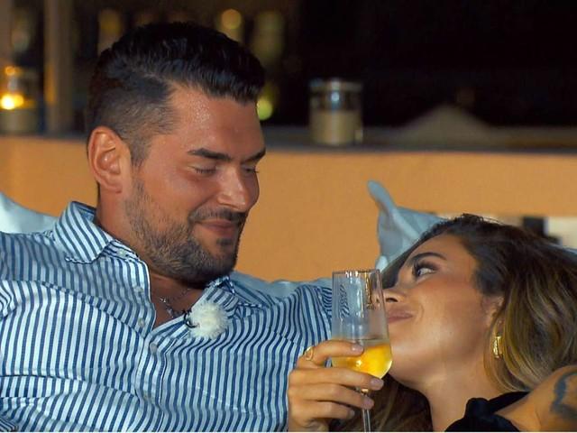 """""""Die Bachelorette"""" 2020: Der erste Kuss und sein Beigeschmack"""