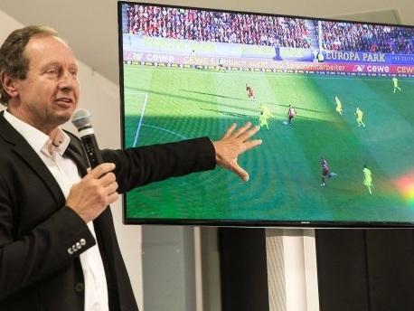 Schiedsrichter kritisiert: Zweifel an Videobeweis