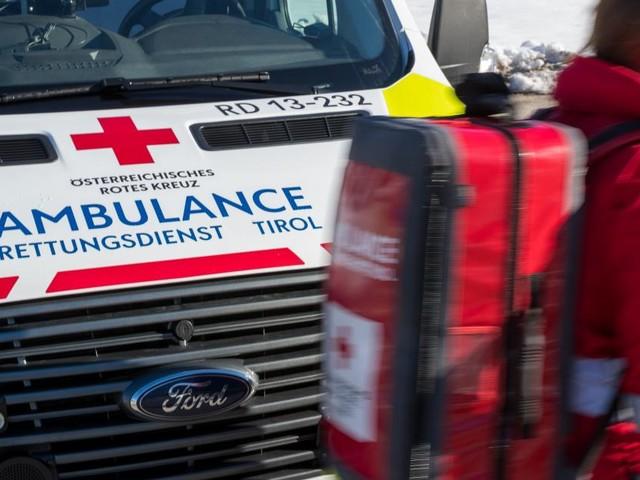 Sieben Verletzte bei Auffahrunfall in Tirol