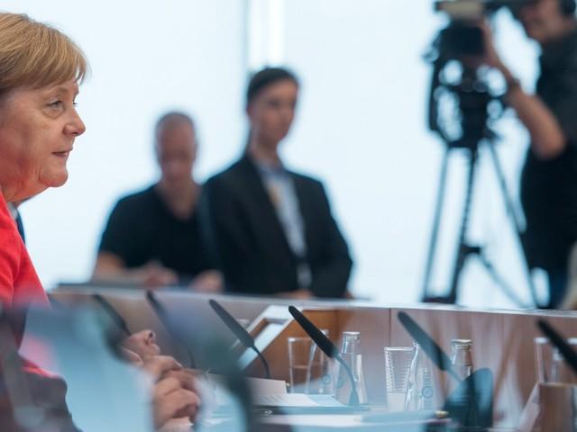 Merkels Sommerpressekonferenz: Rücktrittsgedanken? Nein, nein, nein - keine Zeit