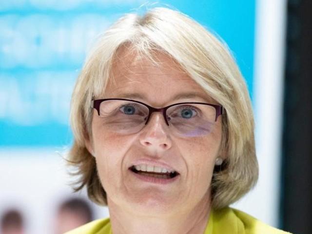 """Bundesbildungsministerin Karliczek: """"Wir werden an das Bafög rangehen"""""""