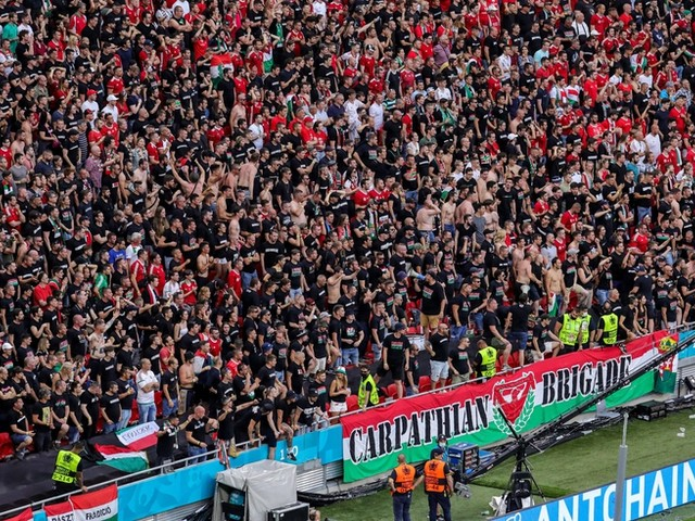 """""""Rücksichtslos"""": Lauterbach kritisiert volles Stadion in Budapest"""