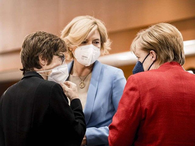 Kramp-Karrenbauer, Klöckner & Co: Prominente CDU-Politiker müssen um Direktmandate bangen