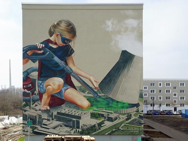 """Innerfields malen """"New clear power"""" Mural in Schwerin Krebsförden"""