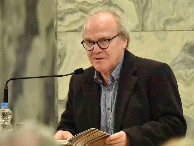 Lesung im Dom: Ein magischer Abend im Aachener Dom