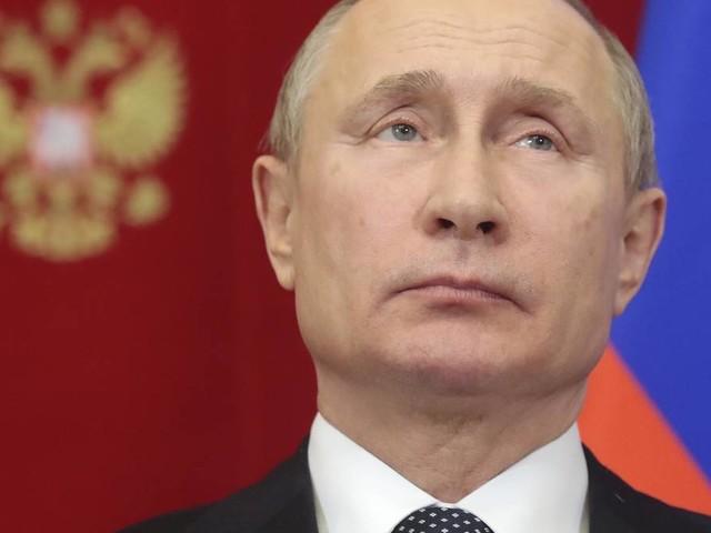Brodelnde Gerüchte: Will Putin Weißrussland eingliedern?