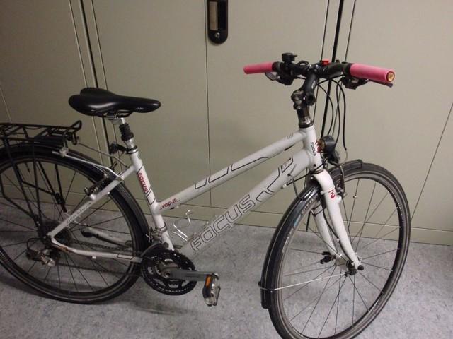 Stuttgart: Fahrraddieb auf frischer Tat ertappt
