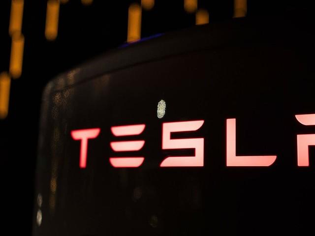 """Bewerben bei Tesla: """"So geht man nicht mit gut ausgebildeten Leuten in Deutschland um!"""""""