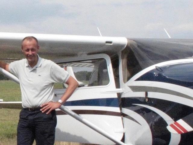 Sauerland - Flugplatz Arnsberg-Menden: Friedrich Merz und die Schnecken