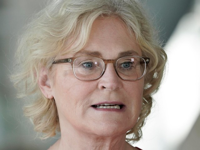 Telefonwerbung wird erschwert: Bundestag vereinfacht Vertragskündigungen