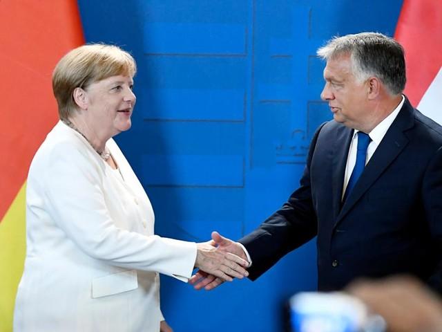 Gedenken an DDR-Massenflucht - Zaghafte Annäherung zwischen Merkel und Orban - doch die Kanzlerin mahnt