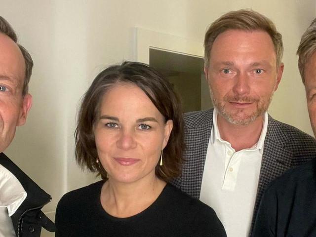 """""""Spannende Zeiten"""": Grüne und FDP haben """"Suche nach neuer Regierung"""" begonnen"""