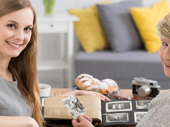 Alltagsbegleiter & Betreuungsassistent » Aufgaben & Kosten