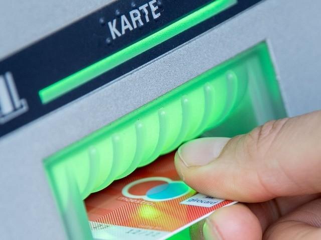 Schaden durch Datenklau an Geldautomaten auf Rekordtief