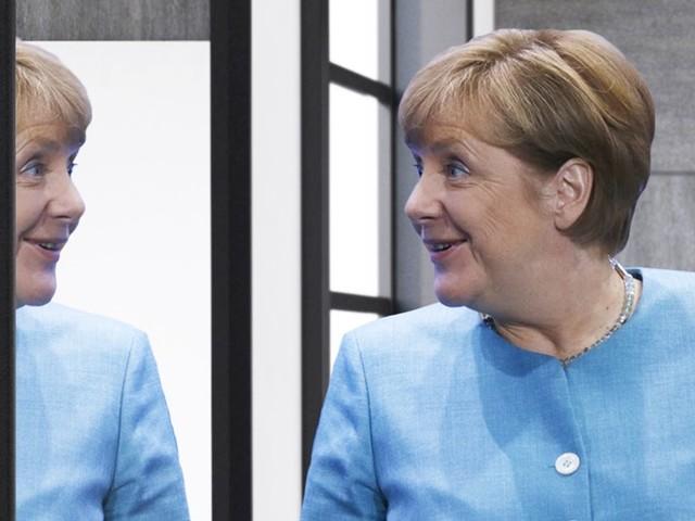 """Knorke! Dufte! Heiß!"": Merkel übt Jugendjargon vor YouTube-Interview"