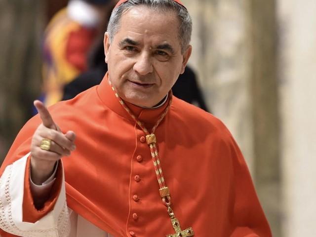 Finanzskandal im Vatikan: Kardinal auf der Anklagebank