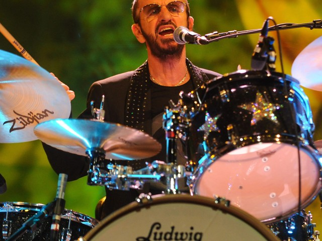 "Ein Beatle wird 80 – Ringo Starr wünscht sich ""Peace and Love"""