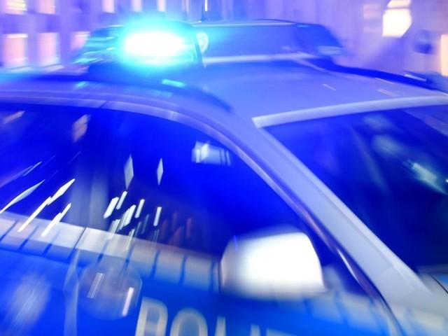 Polizei nahm Mann in Gewahrsam: Ein vermutlich psychisch Gestörter lief mit Axt durch Bonn