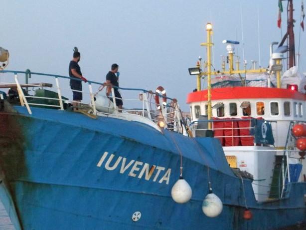 """Mittelmeer: Italien gibt deutsches Rettungsschiff """"Iuventa"""" nicht frei"""