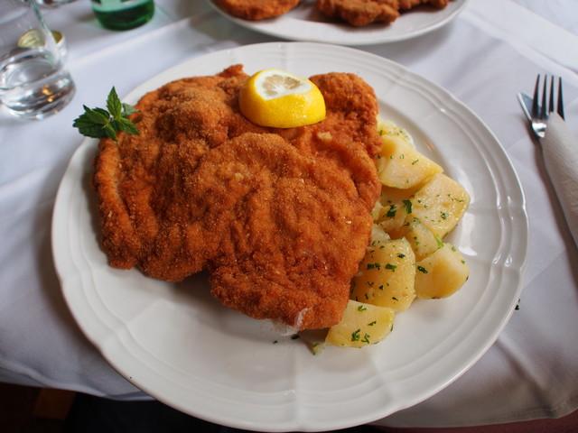 """Food-Quiz mit 14 Fragen: Was ist der Unterschied zwischen """"Wiener Schnitzel"""" und """"Schnitzel Wiener Art""""?"""