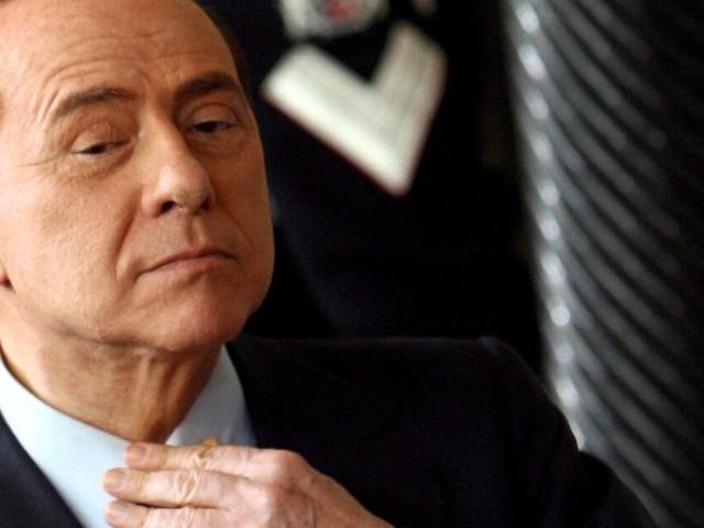 Berlusconi im Krankenhaus -Leistenbruch-Operation