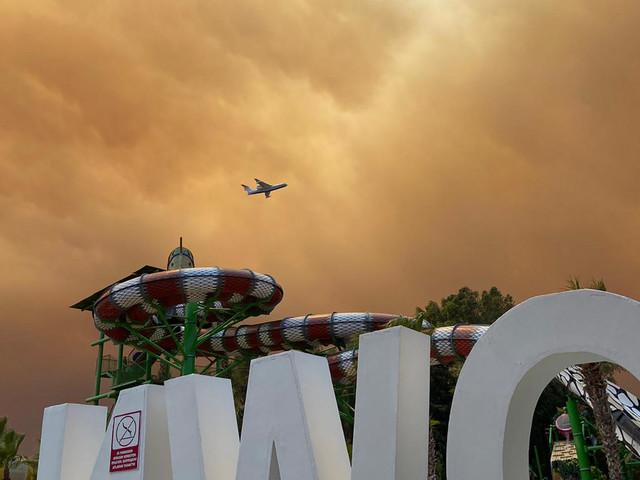 Antalya: Waldbrand in türkischer Urlaubsregion – Dutzende Verletzte