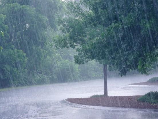 Wetter heute im Kreis Ostallgäu: Heftiger Regen im Anmarsch!