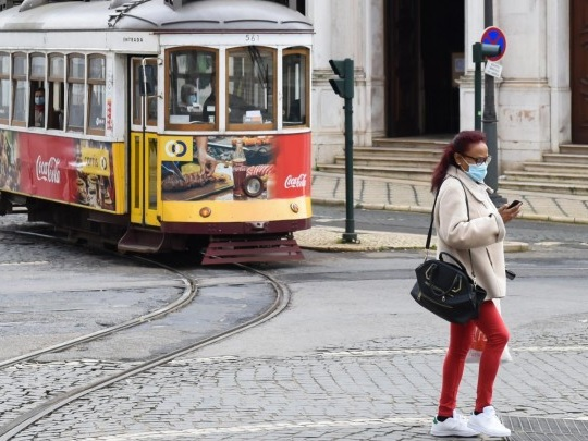 Corona-Pandemie - Abriegelung von Lissabon wegen Ausbreitung der Delta-Variante