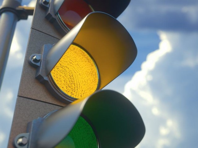 Corona-Ampel schaltet auf Gelb