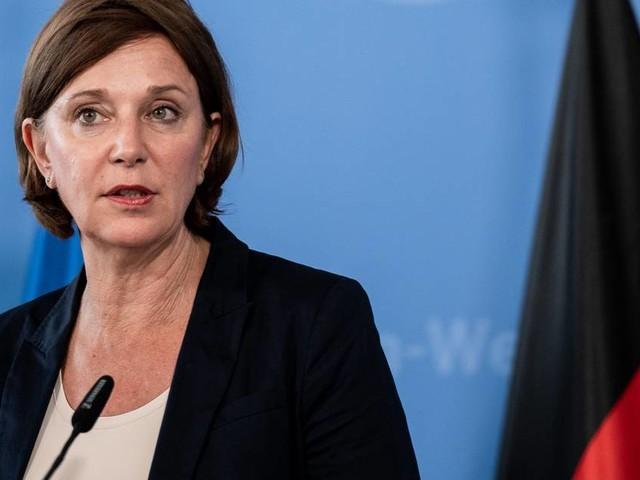 NRW-Schulministerin: Bei groben Verstößen gegen Maskenpflicht droht Schulverweis