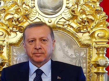 Brief aus Istanbul: Erdogan gibt Bankette, das Volk wird beklaut