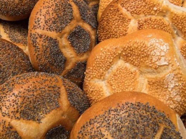 BGH klärt: Dürfen Bäckereien den ganzen Sonntag Brötchen verkaufen?