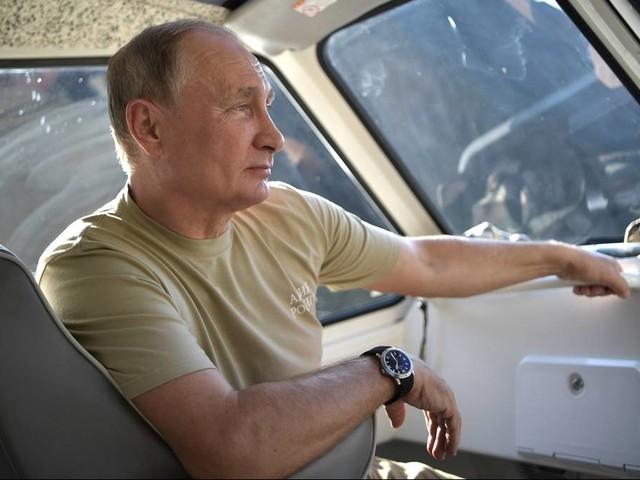 Auszeit mit Öffentlichkeitswirkung: Volksnahe Propaganda: Wladimir Putins Abenteuerurlaub in Sibirien