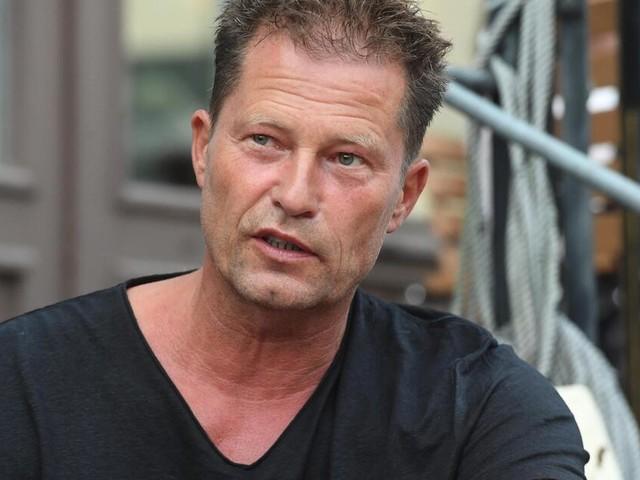 Scharfe Kritik an Til Schweiger: Foto des Schauspielers löst Debatte aus