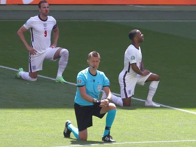 England-Stars setzen Zeichen gegen Rassismus – und ernten Pfiffe